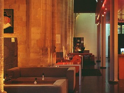 hotel-2626098_1920 (1).jpg